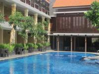 Surya Kencana Seaside Hotel di Pangandaran/Pangandaran