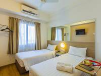 Red Planet Bekasi - Twin Room Regular Plan