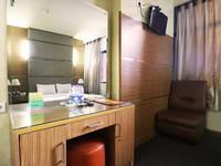 Hotel Mirah Jakarta - Deluxe Room STAY LONGER GET MORE DISCOUNT