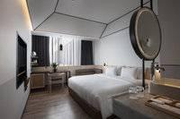 GAIA Cosmo Hotel Jogja - Deluxe King Pool View With Breakfast Regular Plan