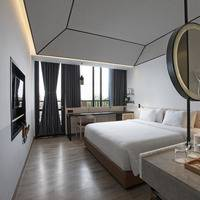 GAIA Cosmo Hotel Jogja - Deluxe Balcony King Regular Plan