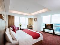 The Alana Surabaya Surabaya - Suite Room with City View Regular Plan
