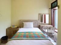 Dharma Gita Guesthouse Bali - Standard Room With Fan Grab it fast, 50% OFF