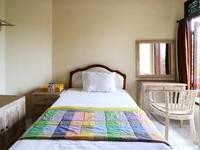 Dharma Gita Guesthouse Bali - Standard Room With AC Grab it fast, 50% OFF