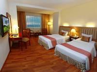 Rocky Plaza Hotel Padang - Kamar Superior Deluxe Twin Regular Plan