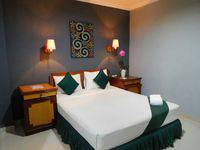 Hotel Ghotic Bandung - Deluxe Room Regular Plan