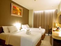 Maestro Hotel Kota Baru Pontianak - Deluxe Room Only Regular Plan