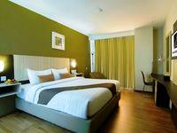 de Laxston Hotel  Yogyakarta - Deluxe King Room With  Breakfast Regular Plan