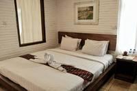 Cempaka Guest House Borobudur - Deluxe Double  basic deal
