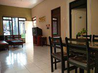 Patria Garden Hotel Blitar - Family 3 Bedroom Regular Plan