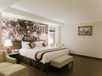 Varna Culture Hotel  Surabaya - Business Room Breakfast Save 30%
