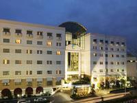 Surabaya Suites Hotel di Surabaya/Genteng