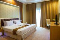 Horison Suites Surabaya - Business Suite King/Twin With Breakfast Regular Plan