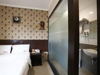 RedDoorz @Gajah Mada Jakarta - Reddoorz Room Special Promo Gajian
