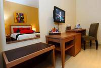 Hotel Scarlet Makassar - Standard Room Only Minimum stay 2 nights get 25% off!