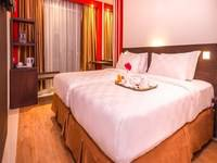 Redstar Hotel Jakarta - Deluxe Room Front View With Breakfast Save 5%