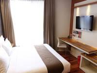 Citihub Hotel at Sudirman Surabaya - Deluxe King Regular Plan