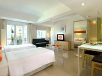 HARRIS Hotel Kuta - HARRIS Family Room With Breakfast Regular Plan