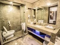 Hotel Crown Tulungagung - Suite Room Regular Plan