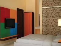Hotel California Jakarta - Standard Room With Breakfast Regular Plan