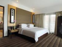 Hotel Santika Premier Malang - Executive Suite Room King Regular Plan