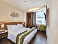 Grand Whiz Poins Square Simatupang - Deluxe Double Room Only MINIMUM STAY PROMO