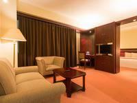 Twin Plaza Hotel Jakarta - Kamar Suite Studio Regular Plan