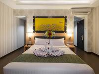 Grand Puri Saron Yogyakarta - Junior Suite Room Last Hour Big Promo