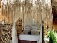 Seri Resort Gili Meno Lombok - Bale Hut dengan kamar mandi bersama Last Minute Special Rate includes 12.5% discount!