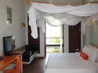 HARRIS Waterfront Batam - HARRIS Cabana Room Regular Plan
