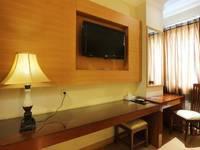 Coin's Hotel Jakarta Jakarta - Deluxe Room With Breakfast Long Stay 3N Promotion