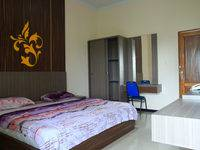 Hotel Sabitha Subang - Balkon Room Regular Plan