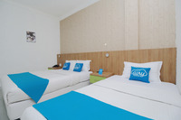 Airy Pasar Baru Selat Panjang 11 Medan - Family Room with Breakfast Special Promo Feb 5