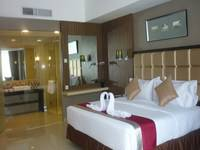 Travello Hotel Bandung - Deluxe Room With Breakfast Regular Plan
