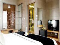 Amos Cozy Hotel Jakarta - Deluxe Room With Breakfast Regular Plan