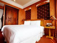 Amos Cozy Hotel Melawai - Family Suite With Breakfast Last Minutes deal
