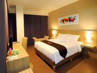 News Hotel Surabaya - Deluxe Room Regular Plan