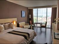 Hotel California Bandung - Executive King With Breakfast Save 10.0% with Free Welcome Drink