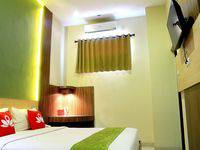 ZenRooms Lengkong Gatot Subroto - Double Room Regular Plan
