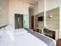 Alimar Premier Hotel Surabaya - Executive Room Double Queen (Non Breakfast) Non-smoking Regular Plan