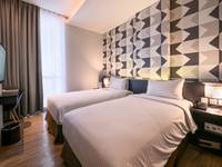 Luminor Hotel Surabaya - Deluxe Room Last Minute Deal