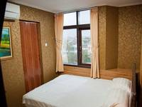 Rumah Shinta Jakarta - Double Room With Breakfast Hot Deals !!!
