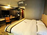 Hermes Palace Hotel Medan - Deluxe Room PROMO DEAL SAVE 38%