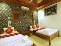 Suarsena Bungalows Ubud - Triple Room with AC Stay Longer Promotion !