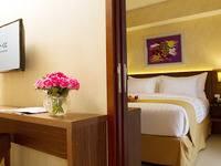 Golden Tulip Passer Baroe Jakarta - Club Room Only Regular Plan
