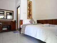 Hotel Kusuma  Yogyakarta - Kamar Superior Regular Plan