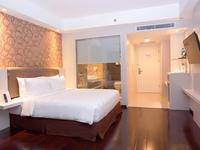 Platinum Adisucipto Hotel & Conference Center Yogyakarta Jogja - Deluxe Double Room MINIMUM STAY