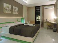 Dewarna Hotel  Bojonegoro - Deluxe Pool Regular Plan