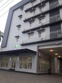 Votel Hotel Charis Tuban