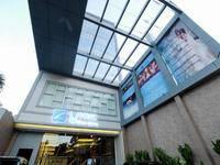 LARIZ Wthree Lagaligo Makassar di Makassar/Makassar